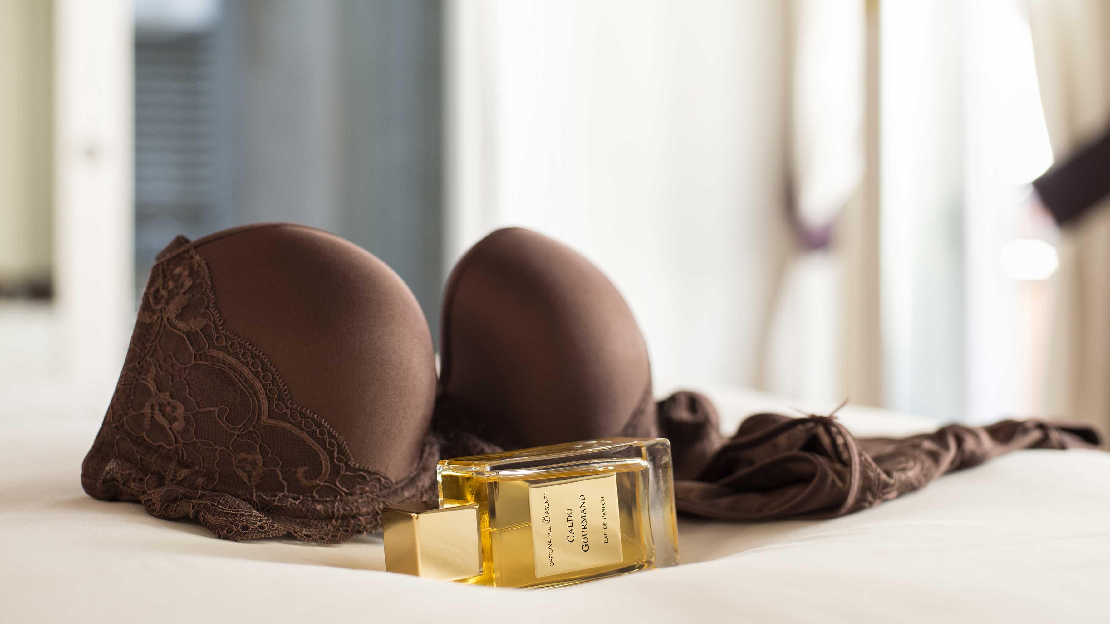 Eau de parfum sensuale di Officina delle Essenze