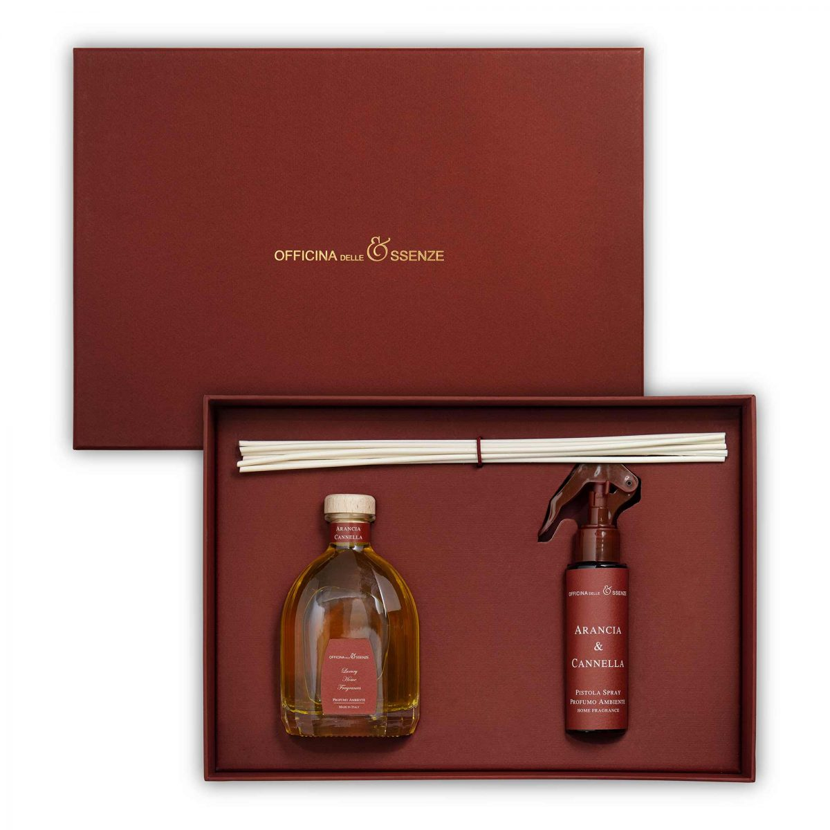 The gift box contains a 250 ml Home reed Diffuser and a 100 ml Room spray